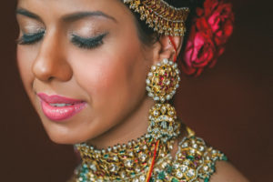 sabyasachi bridal portrait with kisandas jewellery or band baaja bride
