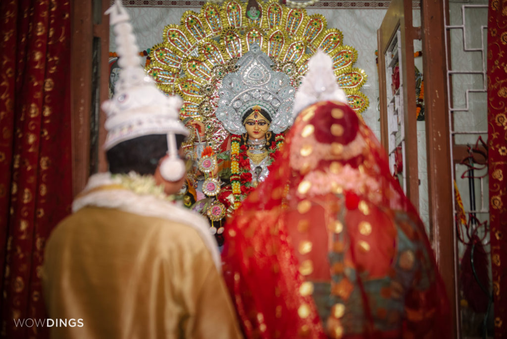 The bengali transgender couple in a temple just before the wedding