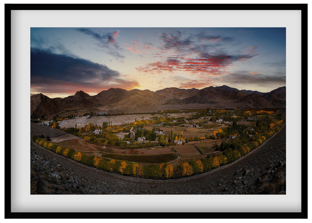 travel photography and documentary prints of leh village